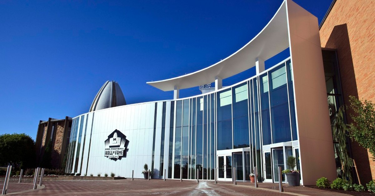 Foyer Museum Tickets : Museum admission daily at pro football hall of fame