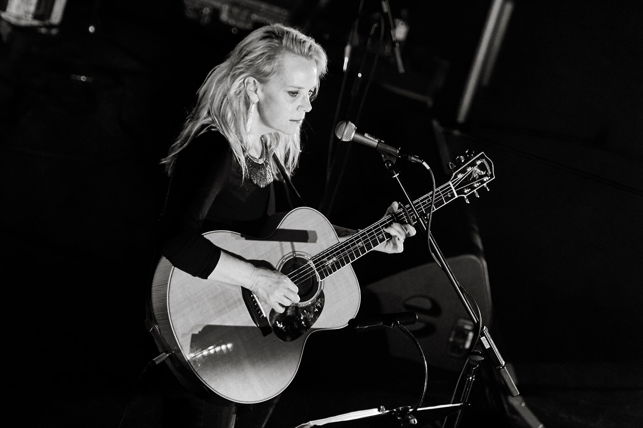 Image for MARY CHAPIN CARPENTER PLUS SPECIAL GUESTS LAURA CORTESE & THE DANCE CARDS