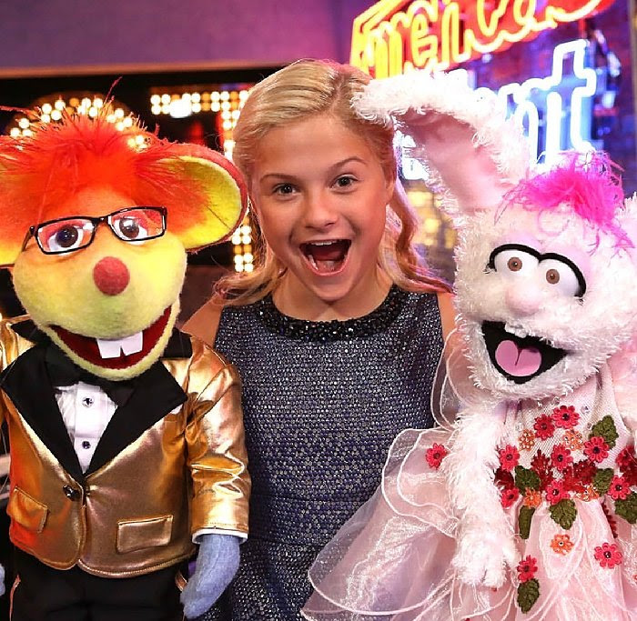 Image for ROCKING AROUND THE CHRISTMAS TREE WITH DARCI LYNNE AND FRIENDS